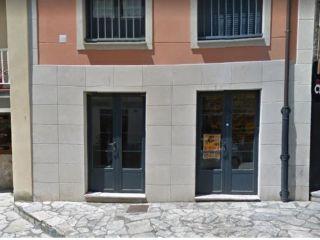 Local en venta en Navia de 98  m²