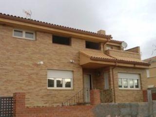 Chalet en venta en Tórtola De Henares de 357  m²