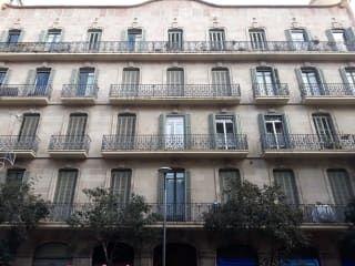 Piso en venta en Barcelona de 153  m²