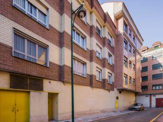 Piso en venta en Sama De Langreo de 66  m²
