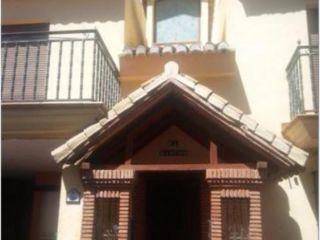 Chalet en venta en Barrio De La Vega de 306  m²