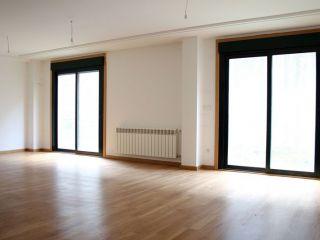 Unifamiliar en venta en San Cibrao Das Viñas de 268  m²
