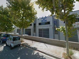Nave en venta en Vilanova I La Geltrú de 298  m²