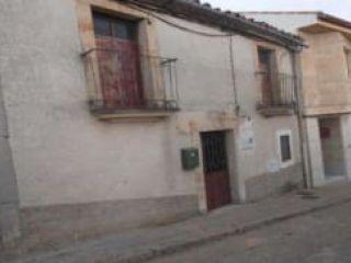 Piso en venta en Almenara De Tormes de 130  m²