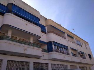 Piso en venta en San Miguel De Salinas de 79  m²