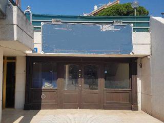 Local en venta en Salou de 61  m²