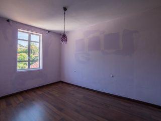Casa en venta en plaza pontellón escarabote 6