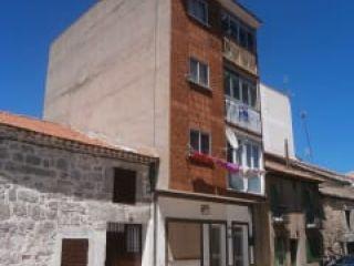 Piso en venta en Las Navas Del Marqués de 64  m²