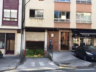 Garaje en venta en Betanzos de 25  m²