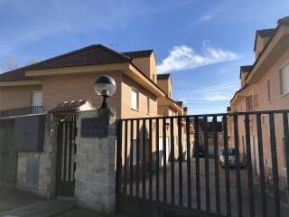 Piso en venta en Casavieja de 147  m²