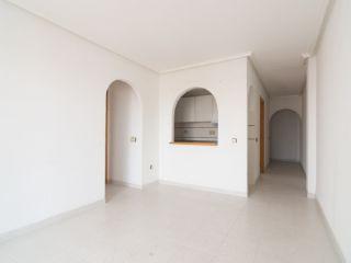 Piso en venta en Torrevieja de 64  m²