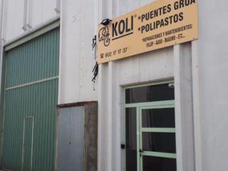 Nave en venta en CastellvÍ De Rosanes de 343  m²
