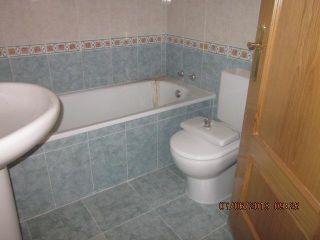 Casa en venta en C. Olias, 34, Mentrida, Toledo 13