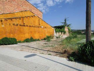 Terreno urbanizable en venta en c. taradell 3