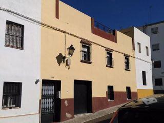 Piso en venta en Carmona de 76  m²