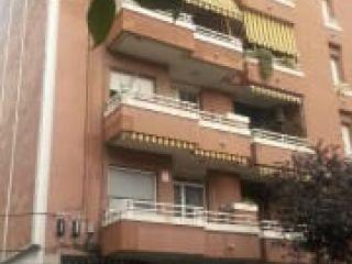 Garaje en venta en Cornellà De Llobregat de 18  m²