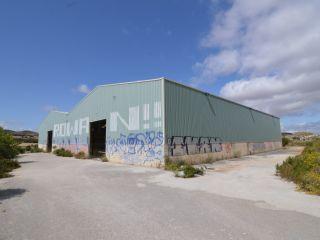 Nave en venta en Tiebas de 2601  m²
