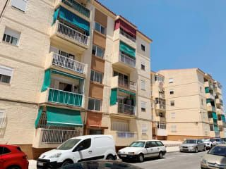 Piso en venta en Vélez-málaga de 75  m²