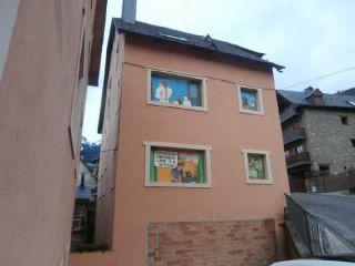 Local en venta en Bossost de 99  m²
