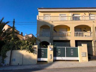 Chalet en venta en Urbanitzacio Castell De Montornes de 172  m²