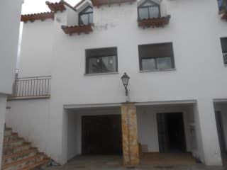 Piso en venta en Olmeda De Las Fuentes de 182  m²