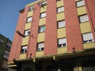 Piso en venta en Torrelavega de 77  m²