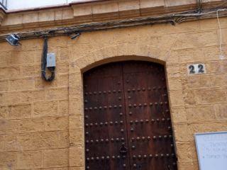 Piso en venta en Cádiz de 57  m²