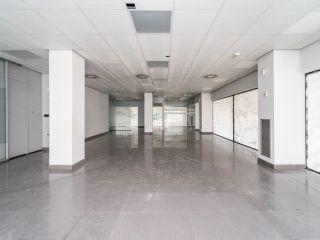 Local en venta en Alovera de 171  m²