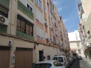 Piso en venta en Almería de 81  m²