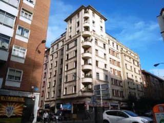 Piso en venta en Bilbao de 81  m²