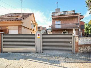 Unifamiliar en venta en Barbera Del Valles de 212  m²