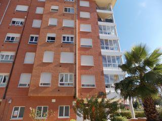 Atico en venta en Oviedo de 104  m²