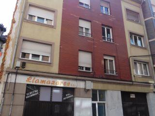 Atico en venta en Oviedo de 79  m²