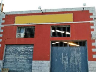 Chalet en venta en Novelda de 280  m²