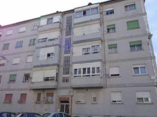 Piso en venta en Torrelavega de 65  m²