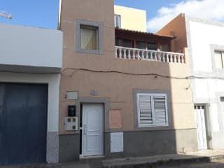Piso en venta en Santa Lucía De Tirajana de 84  m²
