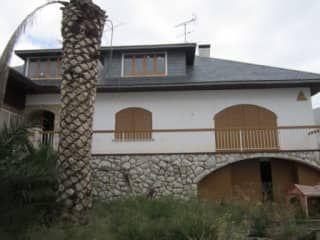 Piso en venta en Llorenç Del Penedès de 469  m²