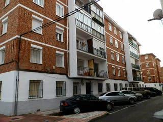 Piso en venta en Guadalajara de 87  m²