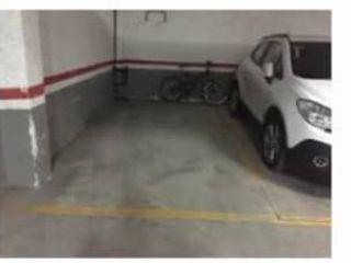 Garaje en venta en Cenicero de 25  m²