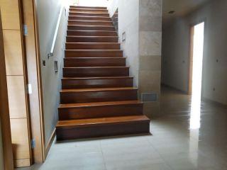 Unifamiliar en venta en Chiva de 303  m²