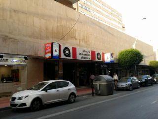 Local en venta en Almeria de 69  m²