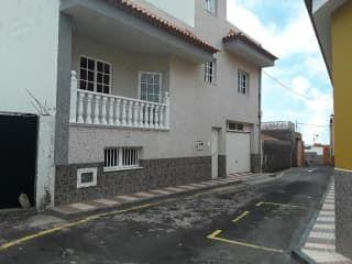 Piso en venta en Santiago Del Teide de 214  m²