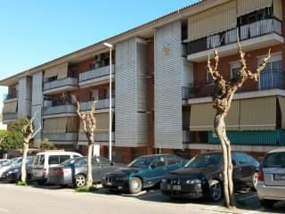 Local en venta en Sant Vicenç Dels Horts de 173  m²