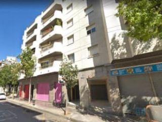 Local en venta en El Vendrell de 32  m²
