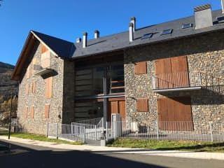 Piso en venta en La Vall De Boí de 94  m²
