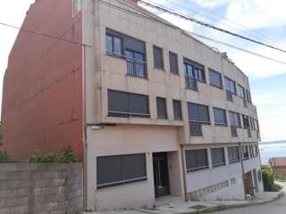 Piso en venta en Boiro de 57  m²
