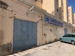 Local en venta en Almería
