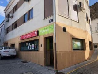 Local en venta en Malpartida De Plasencia de 199  m²