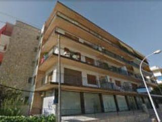 Local en venta en Torredembarra de 129  m²