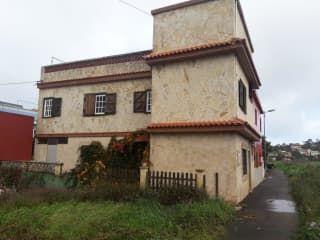Piso en venta en San Cristóbal De La Laguna de 151  m²